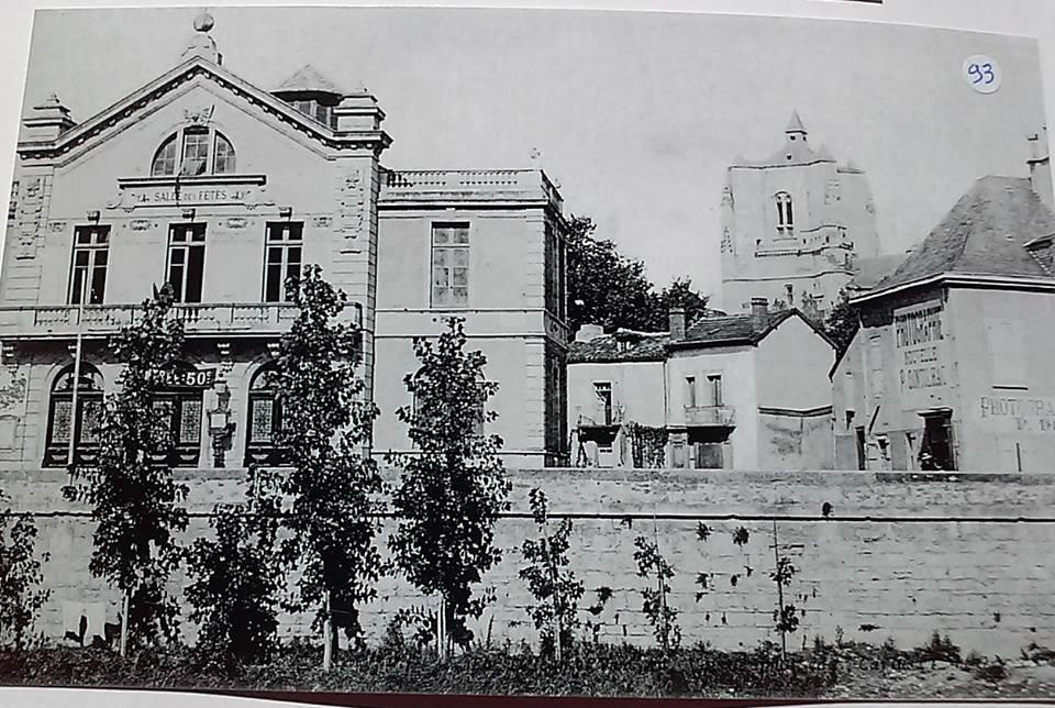 Théâtre de Villefranche-de-Rouergue en 1910