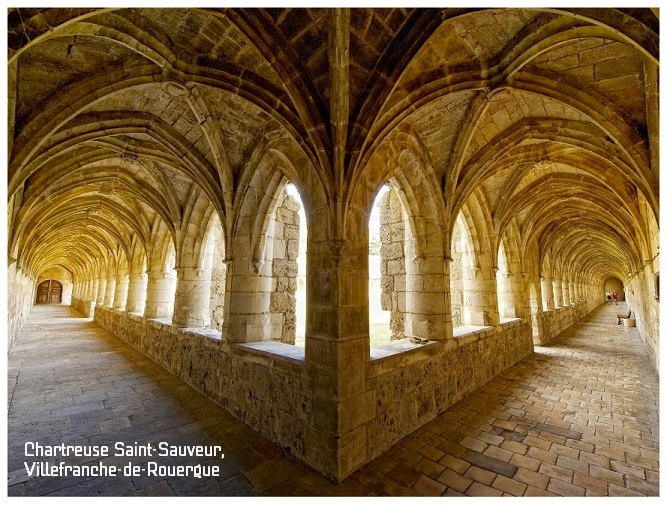 chartreuse saint-sauveur et son cloitre, villefranche-de-rouergue