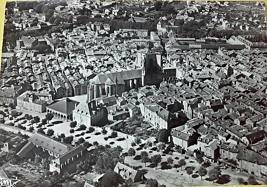 Villefranche-de-Rouergue, photo ancienne vue du ciel