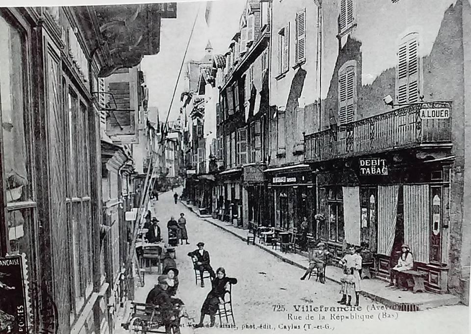 rue république, photo ancienne Villefranche-de-Rouergue